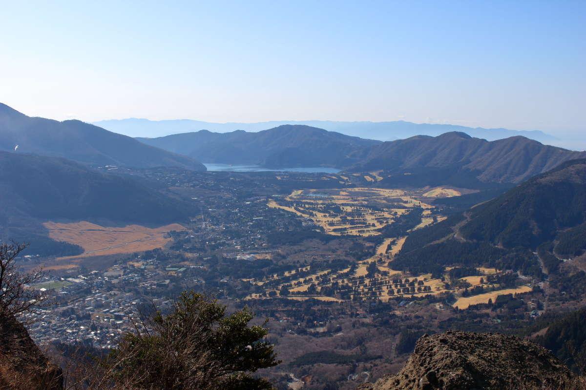金時山山頂から眺める箱根外輪山