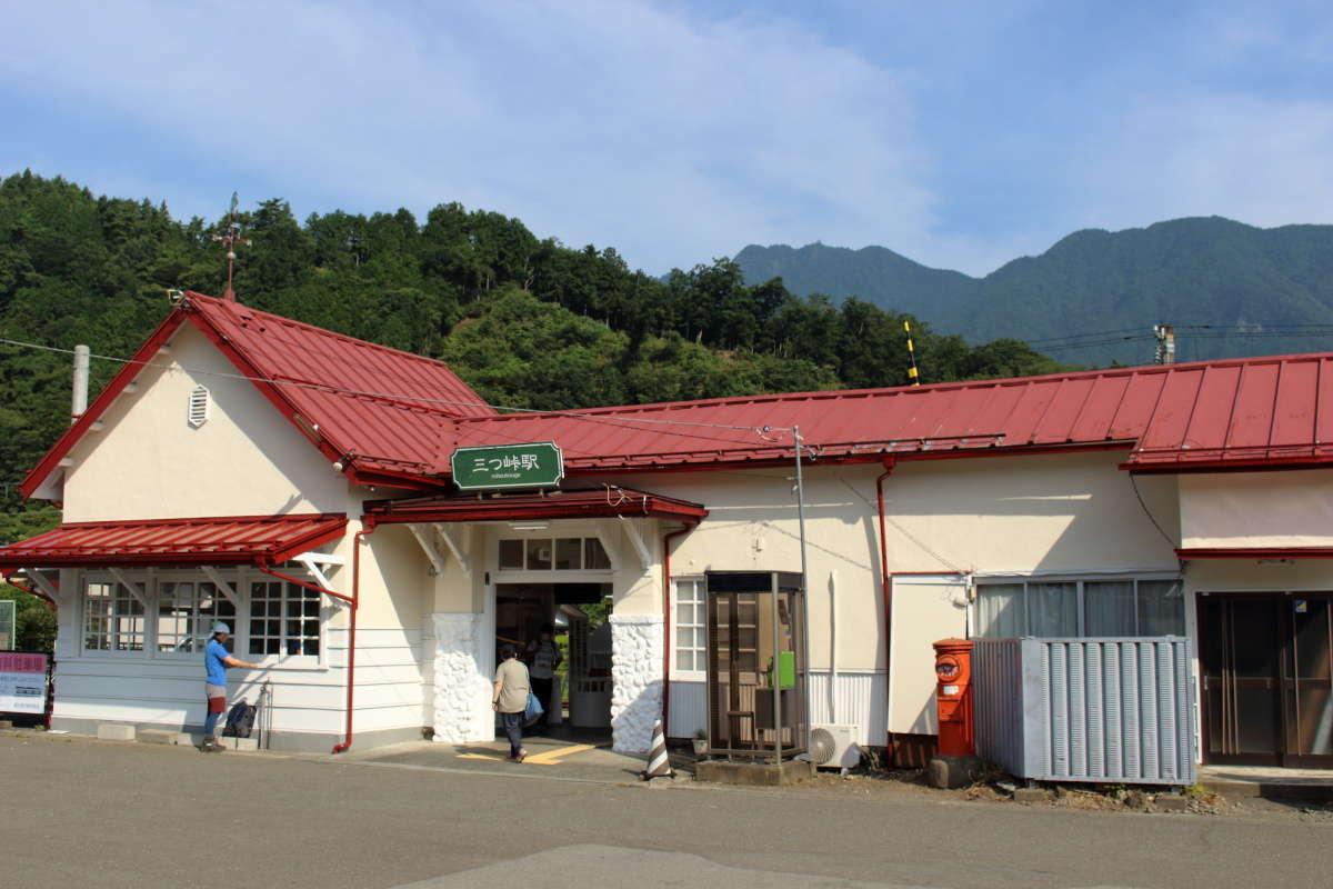 富士急行 三つ峠駅から三ツ峠山へ